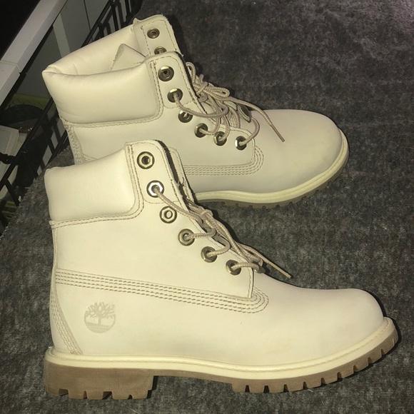 CreamWhite Timberland Boots